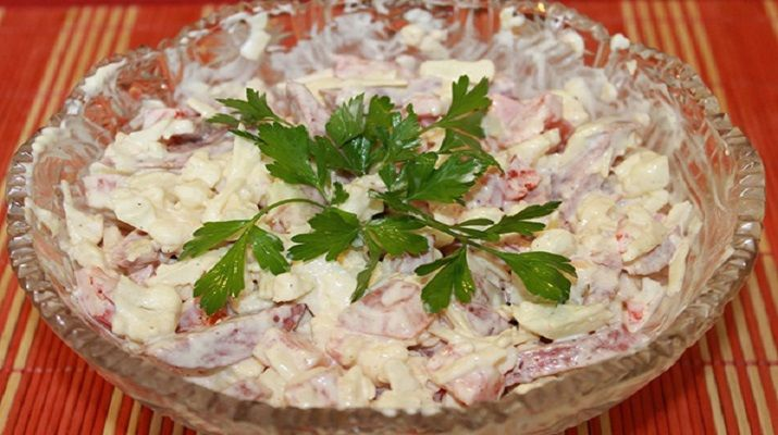 Очень легкий салат из цветной капусты