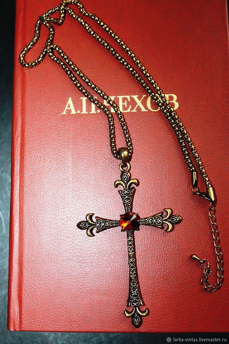 Купить Винтажное украшение Крест на цепочке в интернет магазине на Ярмарке Мастеров