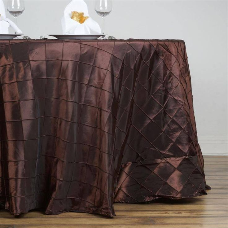 """132"""" Wholesale Chocolate Round Pintuck Tablecloths For Wedding Party Event Decoration"""