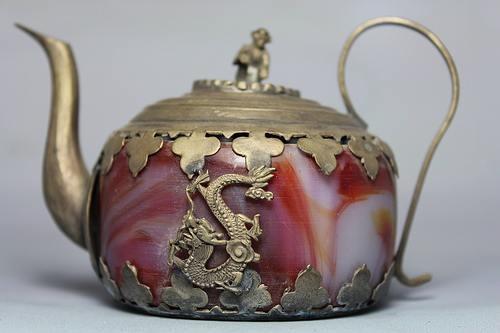 "Red ""jade"" (agate?) tea pot"