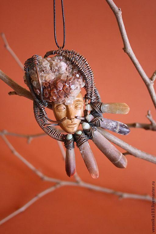 украшения из проволоки кулон резьба по дереву необычные украшения бижутерия из дерева