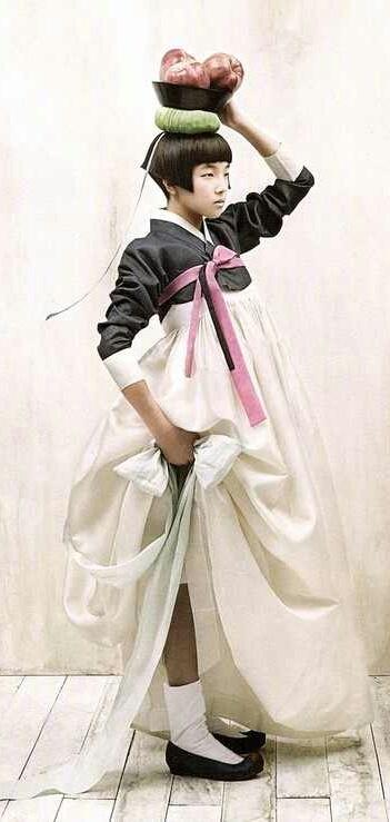 Korea.....Gorgeous hanbok!!