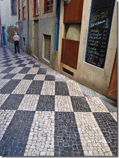 Calçada portuguesa | Bouquet de Cravos & Conchavos