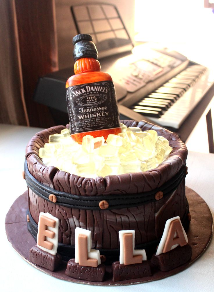 Jack Daniels Cake  Custom Cakes  Jack daniels cake Jack daniels barrel Cake