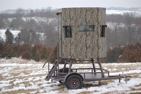 Trailer deer blinds elevated trailer deer blind north for Elevated deer hunting blinds