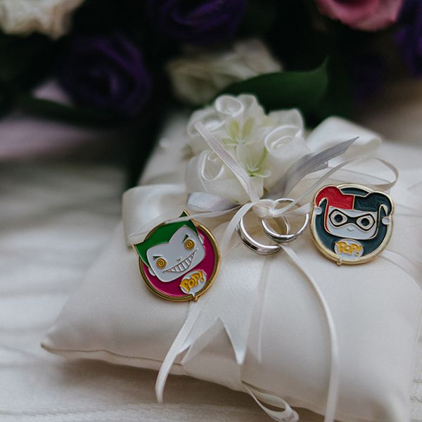 A beautiful white satin ring pillow with Joker and Harley Quinn\u0027s silver wedding bands // & 807 best Jewellery Box images on Pinterest | Jewellery box ... pillowsntoast.com