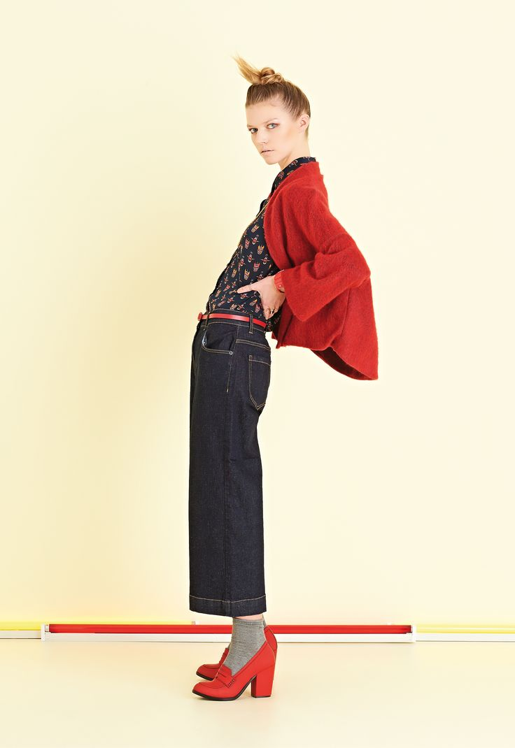 Jeans lavaggio leggero scuro. Corto, con vestibilità comoda | #ottodAme #FW15 #jeans #denim
