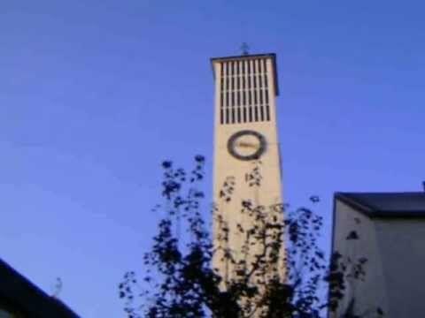 """#Kirche #Hl. #Dreifaltigkeit  #Saarlouis #Fraulautern  (Glocke 2  3  4 #und 5)  #Saarland --- #GLOCKE 1(""""Heiligste Dreifaltigkeit"""") --- Schlagton: B° Gewicht: 3300 #kg Durchmesser: Ø 172 #cm Material: #Bronze Glockengiesserei: #Glockengiesserei """"Otto"""" #in #Saarlouis Gussjahr: 1954  --- #GLOCKE 2 (""""Heilige #Maria, Koenigin #des Himmels #und #der Erde"""")--- Schlagton: D Gewicht: 1600 #kg Durchmesser: Ø 136 #cm Material: #Bronze Glockengiesserei: #Glockengiesserei """"Otto"""" #in #"""