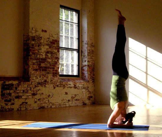 Want to do a handstand? Seven moves to get you there!