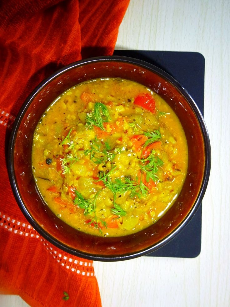 Turai (Gilki) Ki Sabzi in Elachi & Black Pepper..