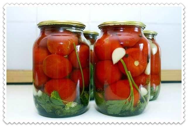 #маринованные_помидоры #помидорыназиму Мои любимые рецепты маринованных помидоров на зиму в литровых банках. Закатываю с лимонной кислотой, с уксусом, со стерилизацией и без. Мои обожают сладкие помидоры