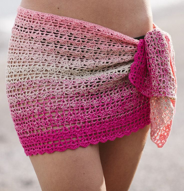 Pareo, oftewel omslagdoek ook te gebruiken als sjaal. Mooi gratis haakpatroon van Katia in het Nederland. Mooi om te maken met verloopgaren.