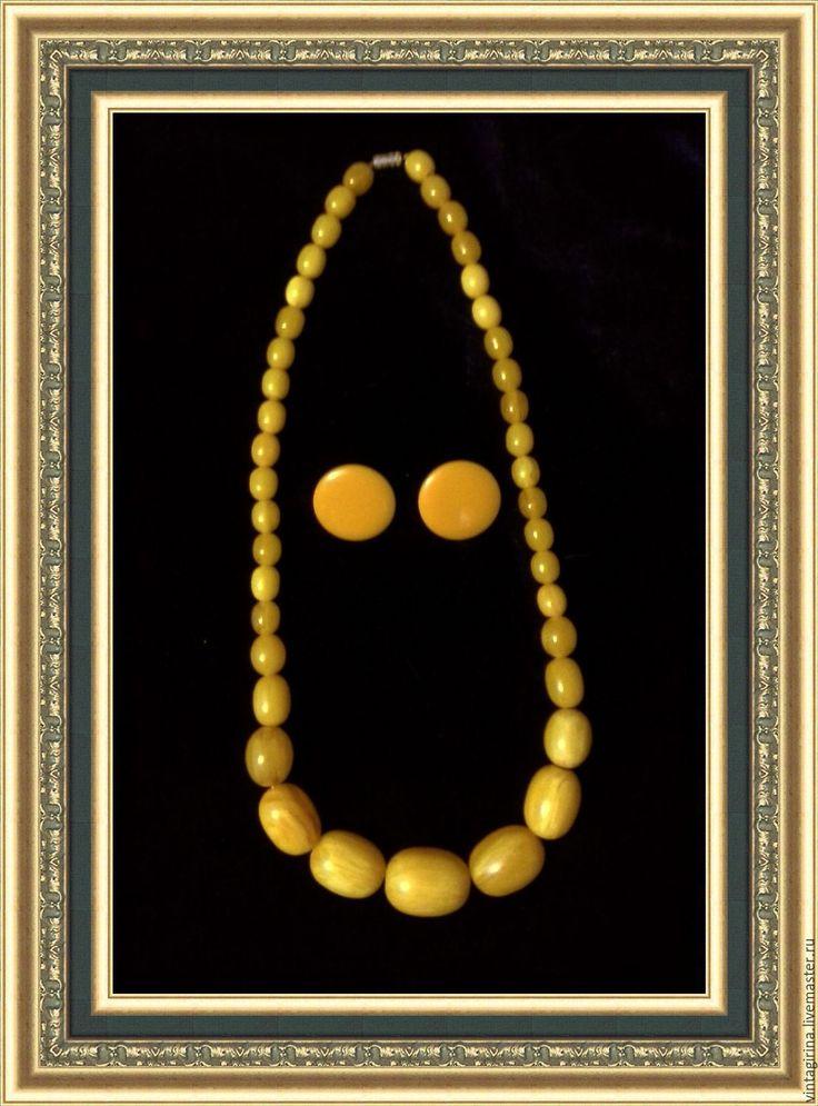 Купить Антикварный комплект из бакелита 1930 г.г. - желтый, стиль арт-деко, винтаж