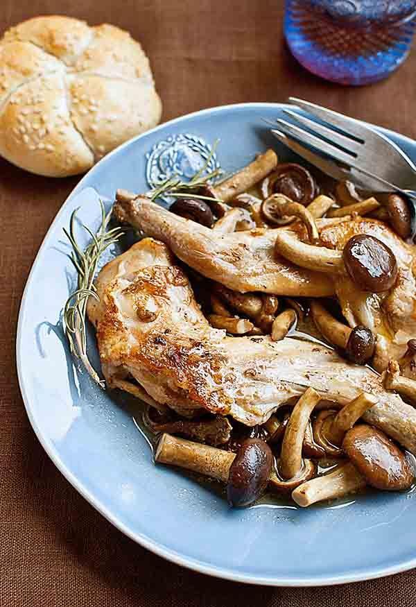 Conejo con mostaza y setas  receta
