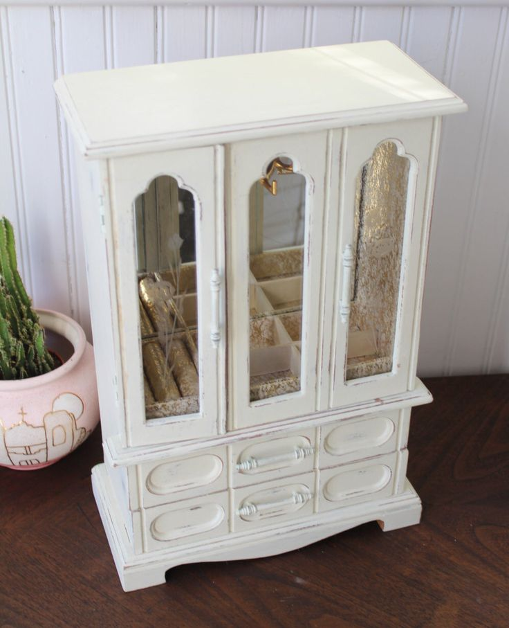 Big Tall Jewelry Box Handprinted in Linen Cream Gold Interior Vintage Display by waspaper on Etsy https://www.etsy.com/listing/174426321/big-tall-jewelry-box-handprinted-in