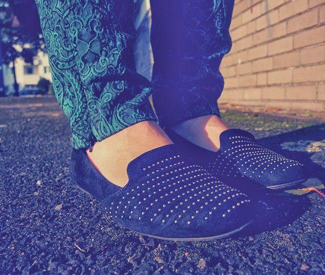 #Coat #leather #sleeves #Lederärmel #Mantel #Simply Be #Sweater #Bon Prix #Barock #Muster #Hose #Grün #Pants #Primark #Bag #Guess #Slippers #Ballerina #Duo #Boots #curvy #curve #girl #women #woman #fat #big #fashion #mode #blog #life #lifestyle #plus #size #plussize #Übergrößen #dick #frau #frauen #kurven #kurvig #inbetweener #inbetweenie #inbetween #fatshion #plussize #barock #jaquard