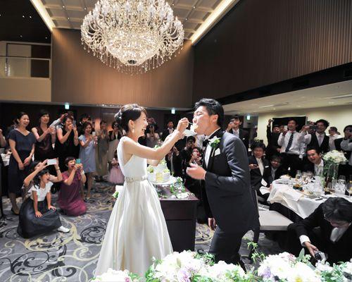 Place:THE ROYAL DYNASTY dress:Mira Zwillinger  weddingdress wedding beash resort party friends