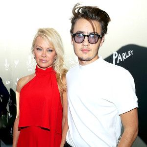 Tommy Lee Claims Son Knocked Him Unconscious Slams Pam Anderson