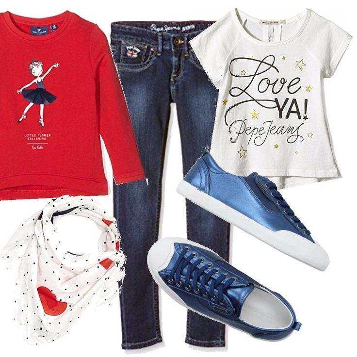 Outfit per la scuola, per il tempo libero. Jeans cinque tasche, t-shirt bianca con stampa, felpa rossa. Sneakers bassa in una bella tonalità di blu dall'effetto laminato. Sciarpina in fantasia pois e cuori su fondo bianco.