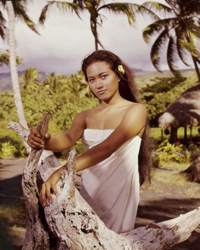 "Tarita in ""Mutiny on the Bounty"" (1962)"