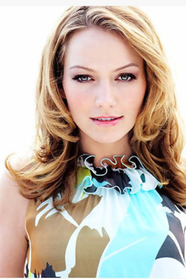 Becki Newton, Hanna Gregson, family friend, +20 years