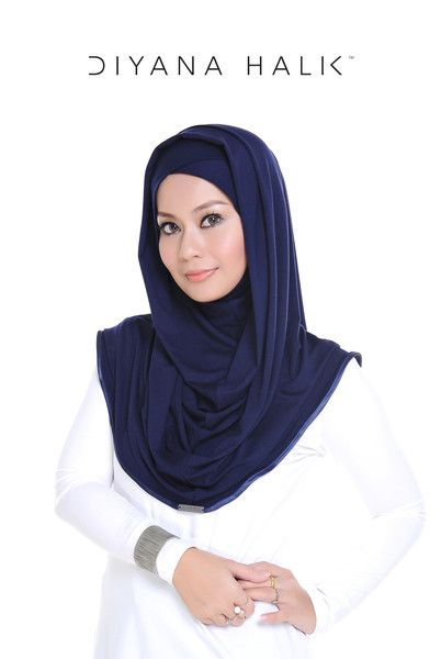 With a little twist, Alia Diyana 2 will make you look good in any occassion.