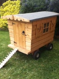 chicken coop/hen house on wheels.
