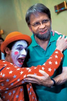 Antanas Mockus; as mayor of Bogotá for two (non-consecutive) terms, he became known for springing surprising and humorous initiatives upon the city's inhabitants. Famous initiatives included hiring 420 mimes to make fun of traffic violators, because he believed Colombians were more afraid of being ridiculed than fined.