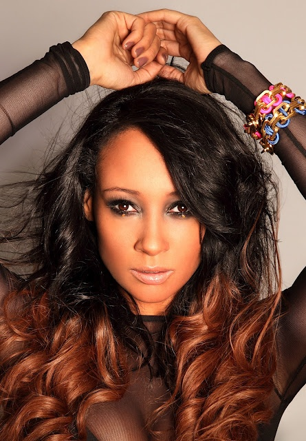 2000's UK Garage/Grime Queen Lisa Maffia is BACK with a bangin' new single. Doesn't she look fab?
