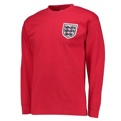 n/a England 1966 World Cup Final Away No6 shirt England 1966 World Cup Final Away No6 shirtEngland™s World Cup Winning Captain and No6 Bobby Moore holds the Jules Rimet trophy aloft at Wembley Stadium on Saturday 30 July 1966, after England™s 4-2 W http://www.MightGet.com/february-2017-2/n-a-england-1966-world-cup-final-away-no6-shirt.asp