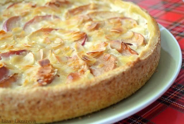 Немецкий яблочный пирог с йогуртом и миндальными лепестками (28/101)