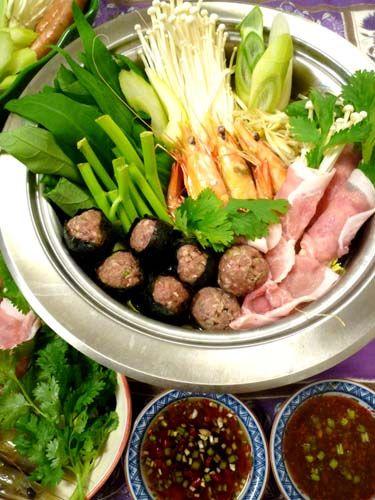 2種のタレがおいしいタイ式鍋☆タイスキ!!&ワイナリー収穫祭 ぱおのおうちで世界ごはん☆