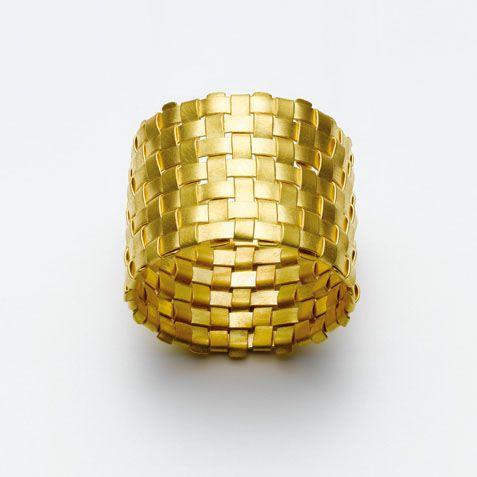 Ringe Galerie Isabella Hund, Schmuck gallery for contemporary jewellery Lust darauf mit Schmuck Geld zu verdienen? www.silandu.de