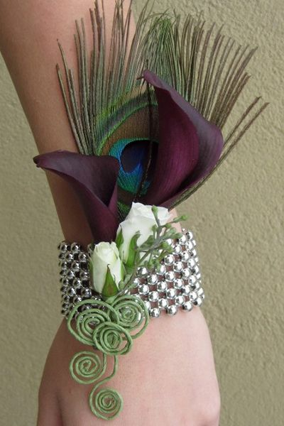 24 Rose+Calla Lily+Feather Wrist Corsage