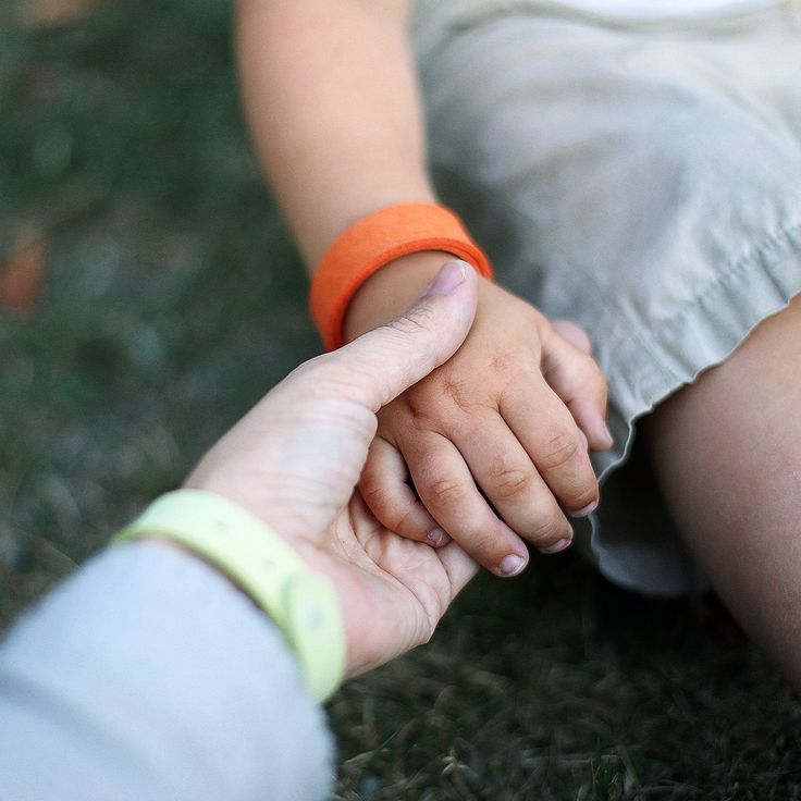 Scent of Microfiber Mosquito Repellent Wristband keeps mosquitoes away, the natural way   Aspectek