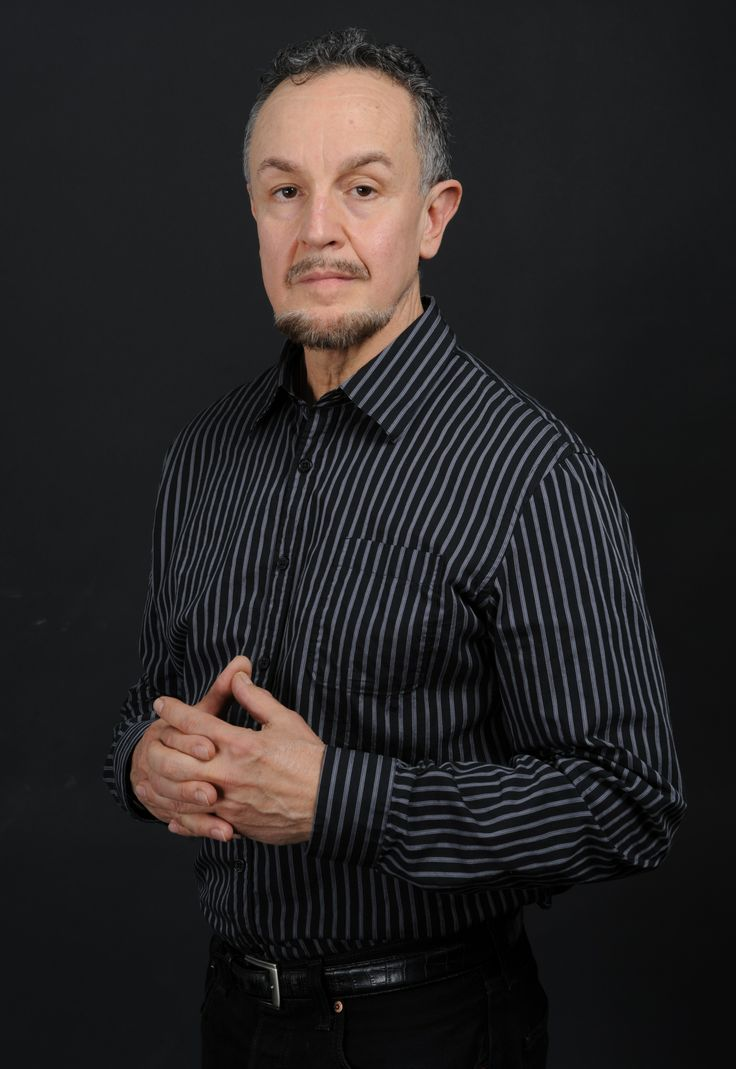 Playwright, Oscar Montero is an independent researcher, translator and writer from Cuba, now living in New York.  Montero has taught Latin American literature and culture at Lehman College, the Graduate Center, CUNY, Princeton, and Columbia universities.  Mr. Montero is the writer of Las rutas de Julia de Burgos.