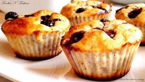 Muffins med banan og blåbær   Thefoodie.dk