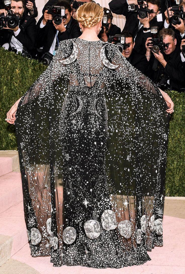 Nicole Kidman in Alexander McQueen at the Met Gala, 02/05/2016