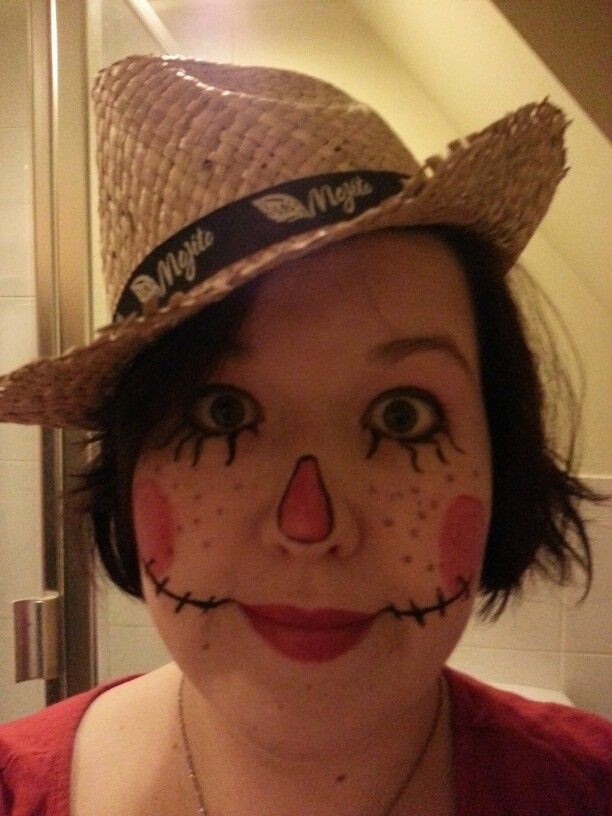 My own attempt at Scarecrow make up for Halloween. All products from my own make up bag. Liquid black eyeliner (easier to draw with), pink eyeshadow, lip/cheek tint for nose and cheeks and red lipstick applied with a brush. Oh and brown eye pencil for added freckles!