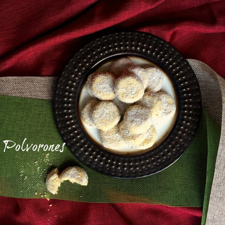 This recipe for traditional Polvorones, or Mexican Wedding Cookies, gets the SPLENDA® SWEET SWAPS™ makeover. #SplendaHoliday #ad #Cookie #recipe