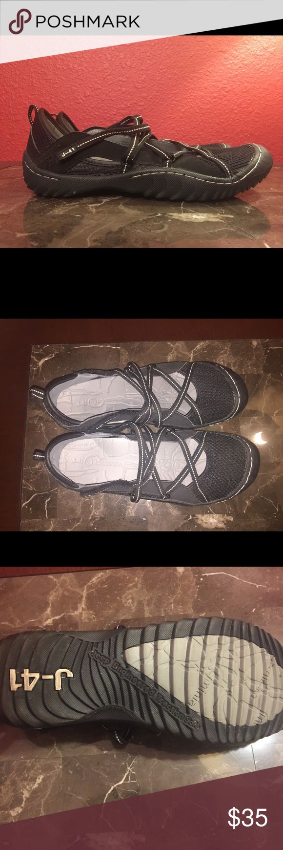 Lightly worn trail shoes Lightly worn trail shoes in good condition jeep Shoes Athletic Shoes