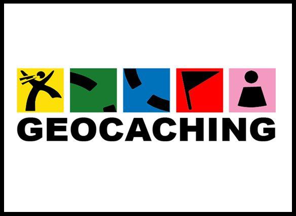 Geocaching. Net als in het echt moeten de kinderen verstopten geocaches zien te vinden. Het team dat de meeste caches vindt, is de winnaar.