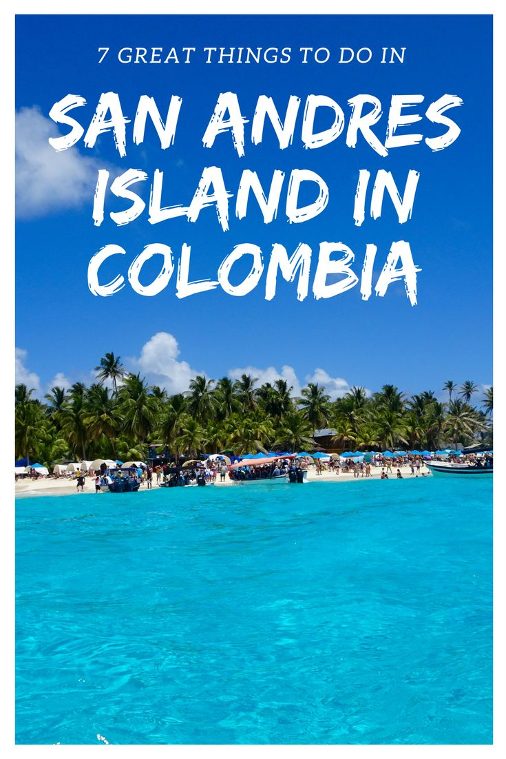 San Andres, Island Paradise in Colombia! Under the Coconut three we stay in Colombia or at least in San Andres! If you are not from Colombia, maybe this is the first time hearing about San Andres Island? It is a paradise about 150 km east of Nicaragua and fun fact 800 km northwest of Colombia. The best way to reach San Andres Island is by flying in from Cartagena de Indias.