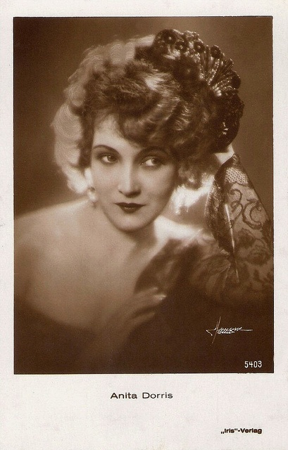 """""""Beautiful German leading lady Anita Dorris (1903-1993) started as a stage actress in 1921, after which some 15 silent films followed. Dorris was beloved in the late 1920s and smoothly made the passage to sound."""""""