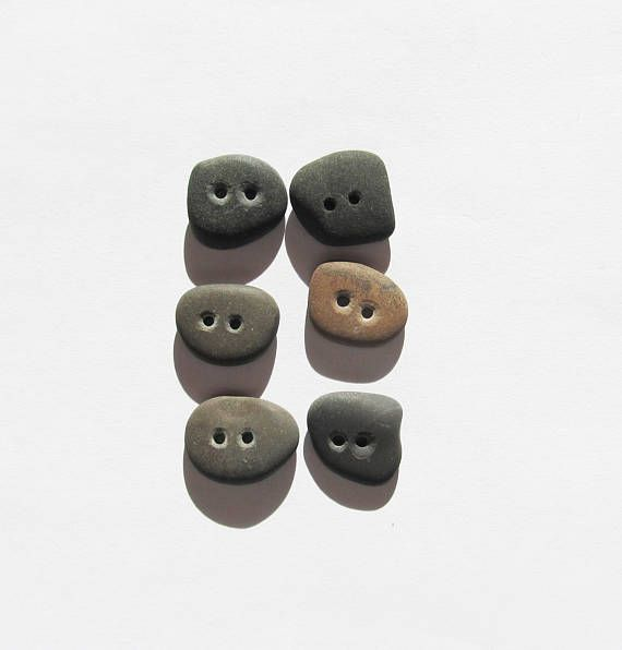 Natural Stone buttons rock buttons 6 organic buttons beach stone buttons knitting buttons sewing scrapbooking natural craft buttons (SBT-28)