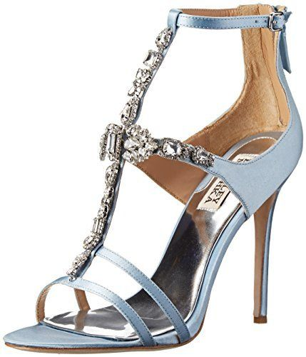 €133, Sandales à talons en satin bleues claires Badgley Mischka. De Amazon.com. Cliquez ici pour plus d'informations: https://lookastic.com/women/shop_items/133537/redirect