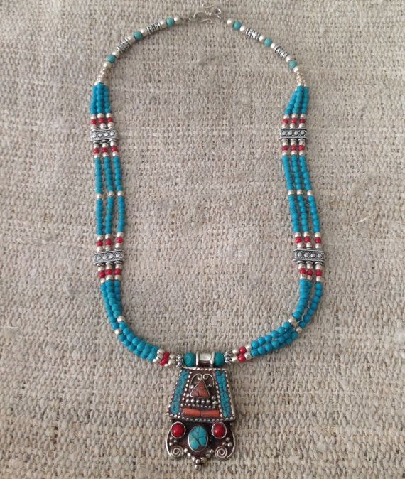 Vintage Turquoise Coral Beaded Pendant Necklace by Nirvana8