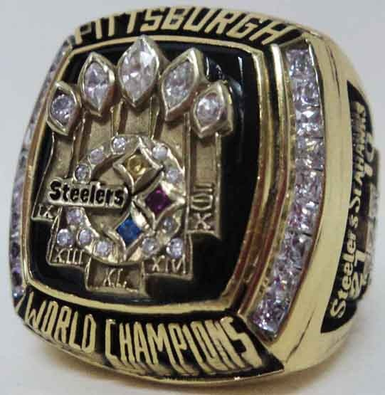 2005 Pittsburgh Steelers NFL Super Bowl Championship Replica Rings.