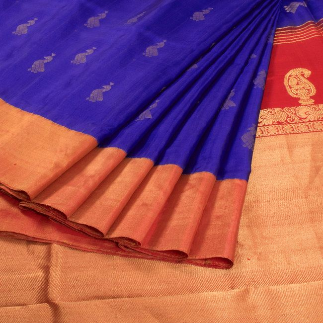 Subhashini Blue Handwoven Korvai Kanjivaram Silk Saree With Peacock Motifs 10008635 - AVISHYA.COM