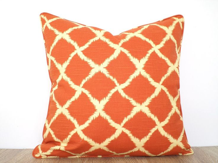 Mer enn 25 bra ideer om Orange cushion covers p Pinterest